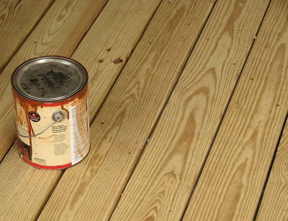 Wood stain bucket